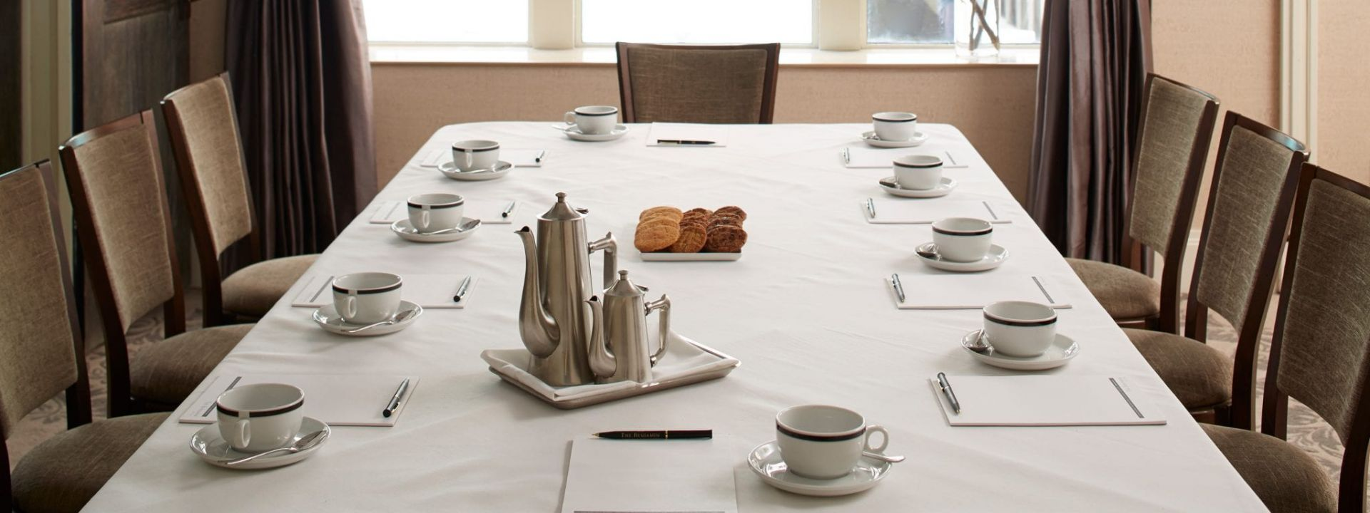 A meeting table in The Benjamin Hotel NYC