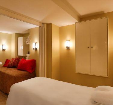 Federico Salon and Spa room